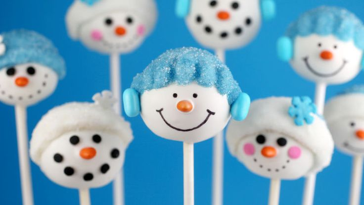 Make jolly snowmen cake pops this holiday season that are (almost) too cute to eat.