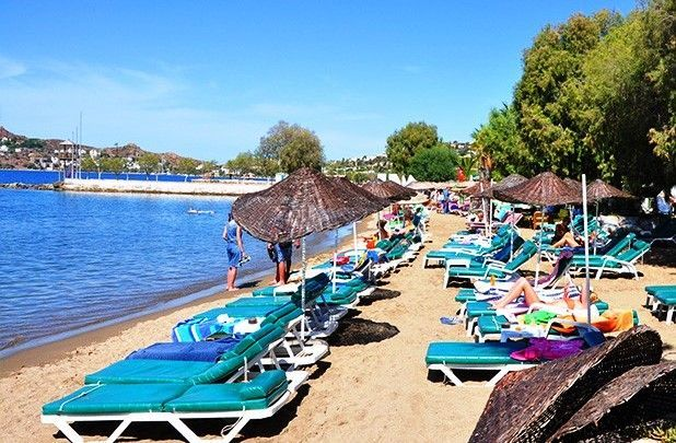 Yalikavak Beach, Turkey - choose a comfy sun lounger and relax
