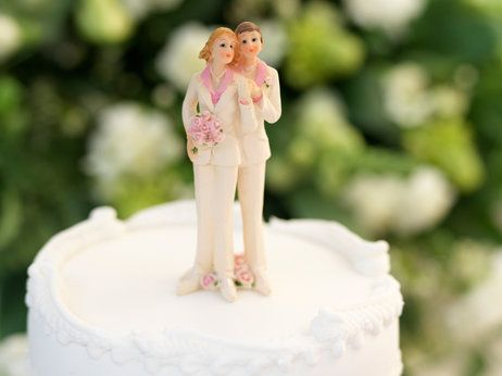Gay Couples Entitled To Equal Family Health Coverage, Fed Says #health insurance, #Family health coverage, #insurance, #same sex, #domestic partnership, #marraige, #HHS