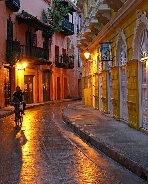 Cartagena... romantica la ciudad perfecta para un buen deroche de amor !!!