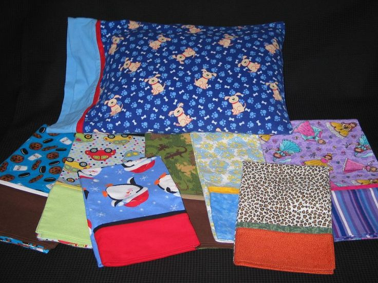 This pillowcase pattern is super easy and fun. Great for a kids project or first & The 25+ best Pillowcase pattern ideas on Pinterest | Pillowcases ... pillowsntoast.com