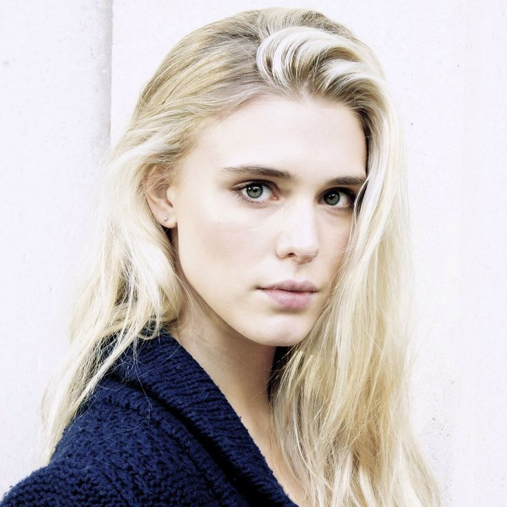 Gaia Weiss - we basically have the same low eyebrows