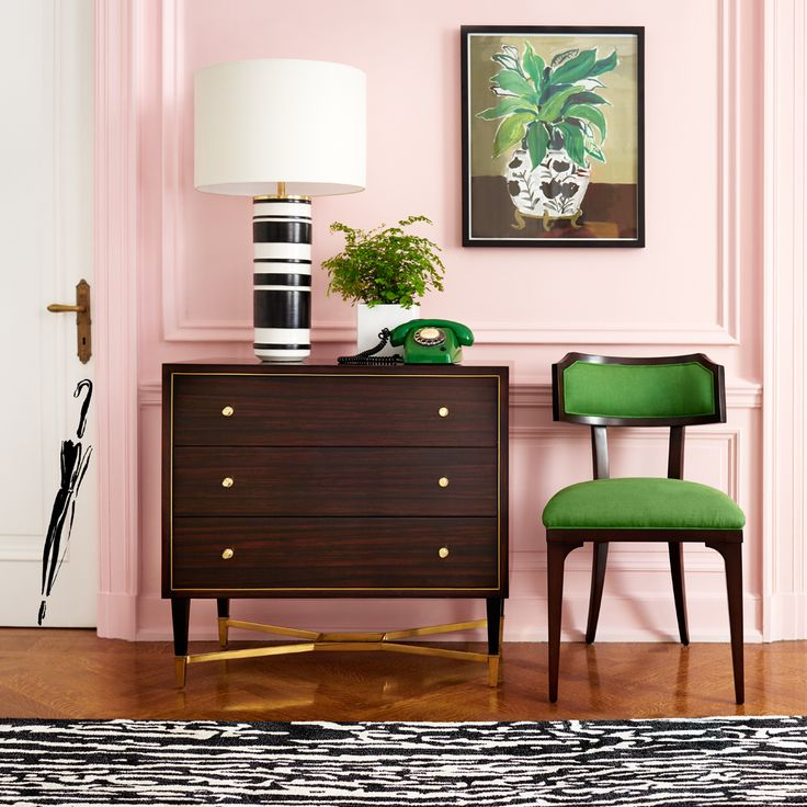 The Pretty, Functional Entryway. #makeyourselfahome With