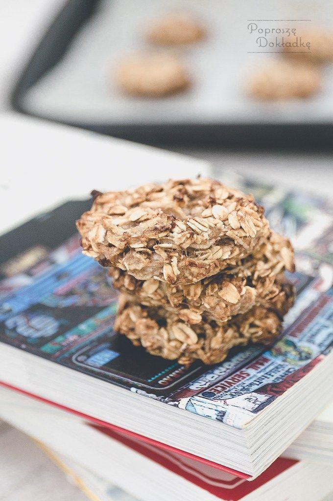 Zdrowe ciastka owsiane bez tłuszczu i cukru