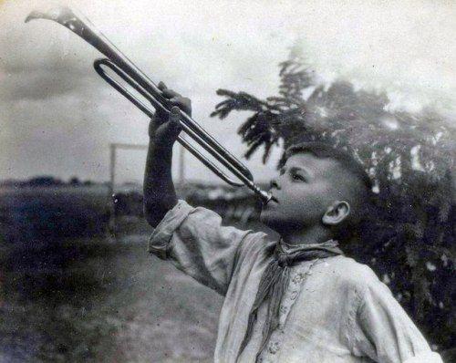 Pioneer of 30s