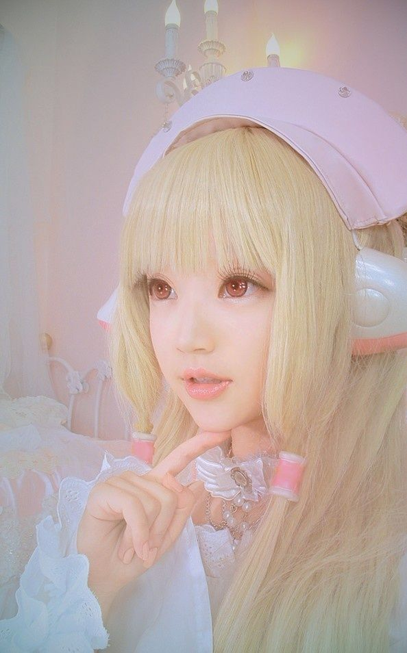 Chobits Chii Cosplay~ I think this one is by far the best one because of how realistically computerized(?) She looks as if she really does look like a persocom amd not just a girl.