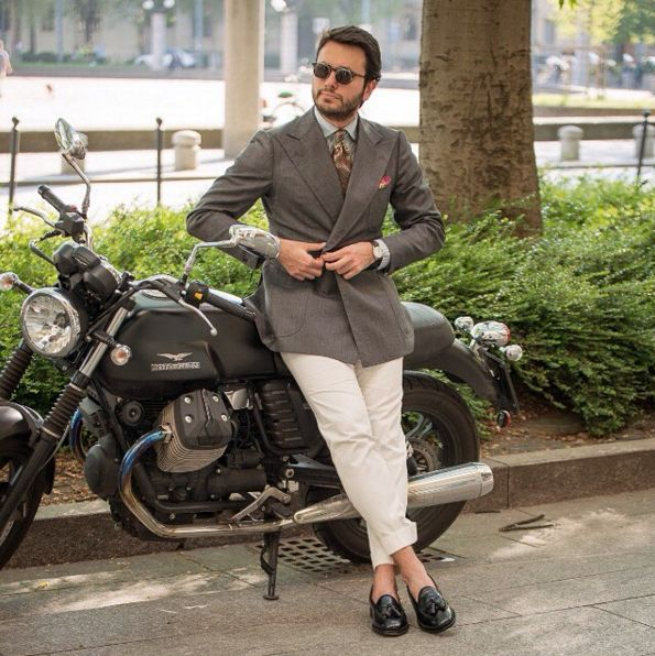 Limited edition designed by @fabioattanasio  #velascadudes #thebespokedudes #loafers #tasselloafers  #velascamilano #madeinitaly #shoes #shoesoftheday #shoesph #shoestagram #shoe #fashionable #mensfashion #menswear #gentlemen
