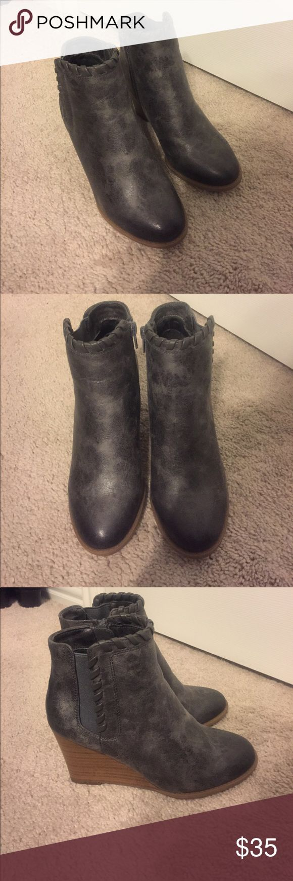 Grey Booties from Maurices! Grey Booties from Maurices! Only worn once and in amazing condition! Maurices Shoes Ankle Boots & Booties