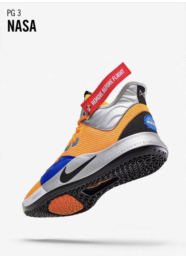 PG3 size 9 shoes NASA Paul George for Sale in Sacramento, CA
