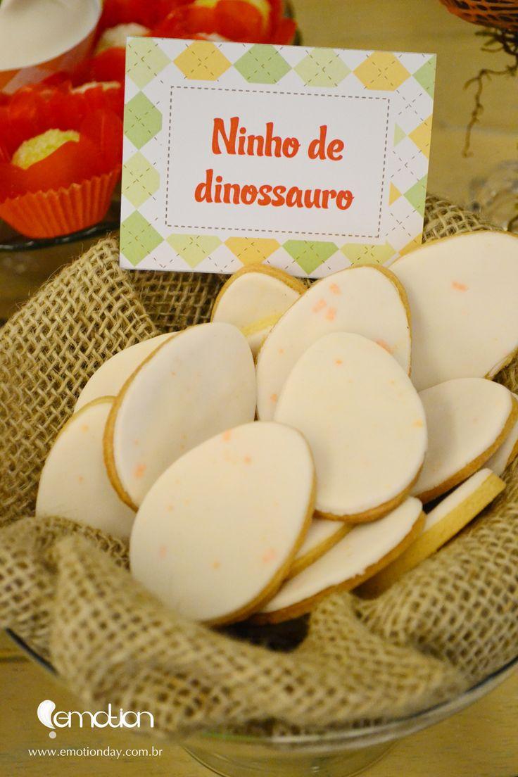 Dinosaur nest wiht eggs - Dino themed Party | Ninho de dinossauro - Festa Dinossauro | Dino Cookies