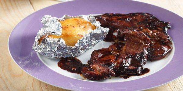 Χοιρινά μπριζολάκια με τζίντζερ σόγια κόλιανδρο και μέλι