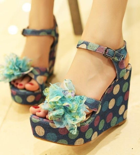 Ladies Colored Polka Dot Wedge Platform Sandals