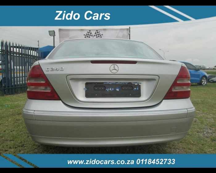 2001 MERCEDES-BENZ C CLASS SEDAN C 240 ELEGANCE A/T , http://www.autoshowroom.co.za/mercedes-benz-c-class-sedan-c-240-elegance-a-t-used-benoni-gau_vid_6324853_rf_pi.html