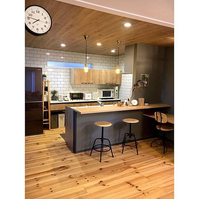 リクシルキッチン キッチンカウンター 木のぬくもり ゼロキューブ ボックス ゼロキューブ などのインテリア実例 2020 01 13 02 04 31 Roomclip ルームクリップ 2020 キッチンデザイン キッチンカウンター おしゃれ リビング キッチン
