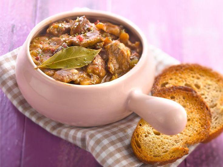 Découvrez la recette Carbonade flamande sur cuisineactuelle.fr.