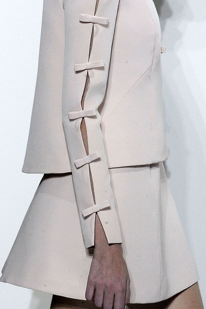 Valentino | Fall 2010 Couture Collection | Style.com. #dress #detail #valentino