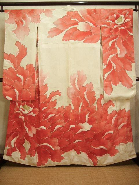 Photo2: E427R Vintage Japanese Kimono Shiny Light Cream FURISODE long-sleeved Peony Silk. (Grade C)