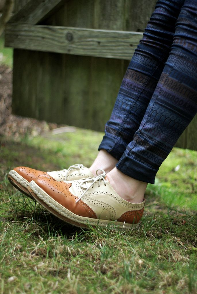 fox on the run: Prints Pants, Broguesfashion Models, Shoes Muse, Models Fashion, Jeans, Oxfords, Brogue Fashion Models, Foxes, Art Brogue