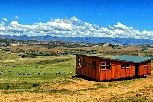 Omega Luxury Mountain Retreat - Clarens Bush Lodge (Self Catering)