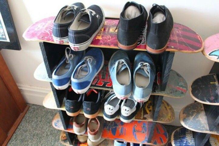 skateboard shelves boys room pinterest shelves the. Black Bedroom Furniture Sets. Home Design Ideas