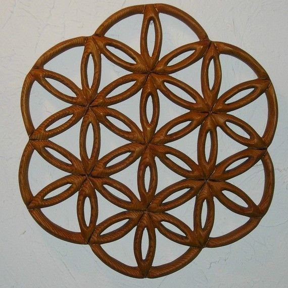 """Drunvalo Melchizedek's """"Flower of Life"""" is virtually a description of the Universe, the structure of Life, the junction of human spirit and the physical form; The window to infinite potential."""