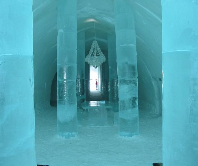 EUROPA / SUECIA Jukkasjärvi, Suecia - Dormir en un hotel de hecho completamente de hielo.