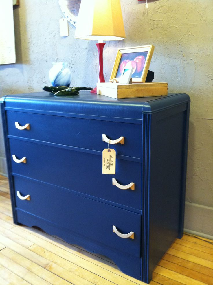 Pottery Bard color of the season: Sherwin Williams, Naval, on our art deco dresser.