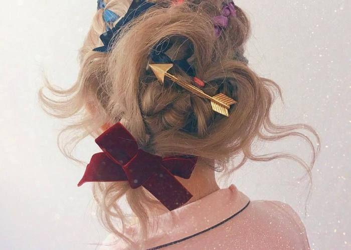 こんなラブリーな髪形は見たことない?!ブライダルシーンにも使える可愛すぎるハートヘアアレンジ♡のトップ画像
