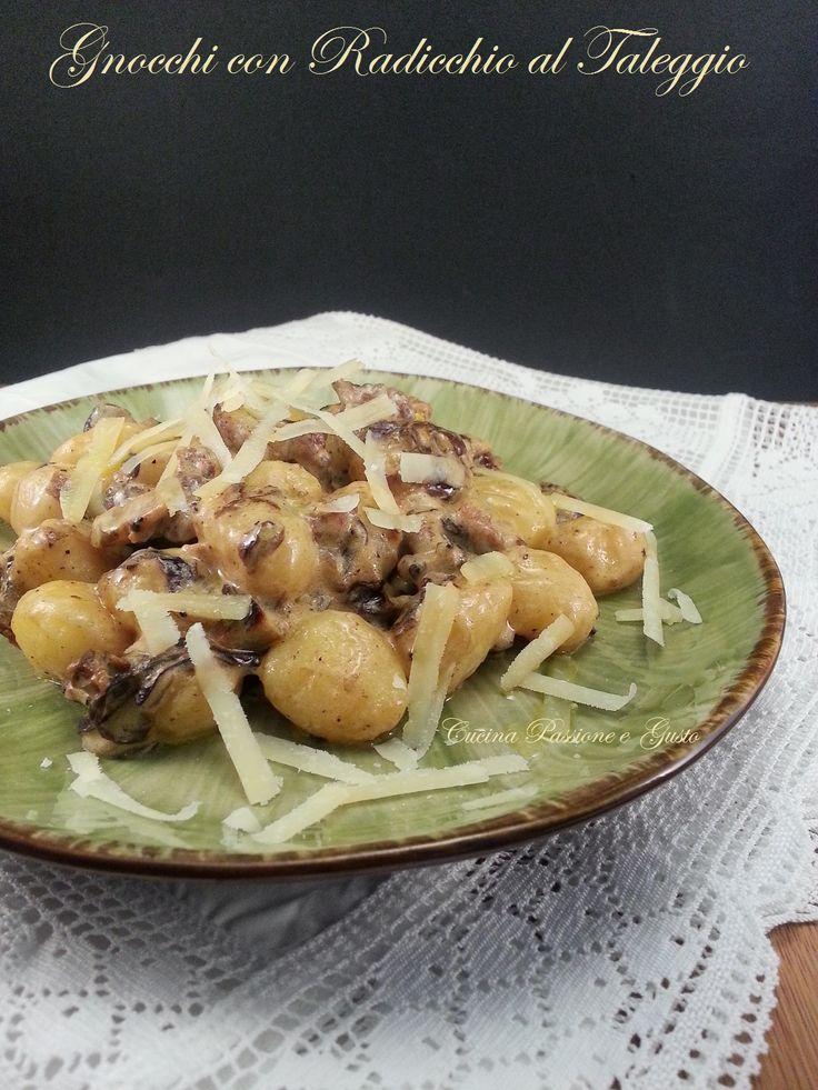 Gnocchi di patate con radicchio e taleggio
