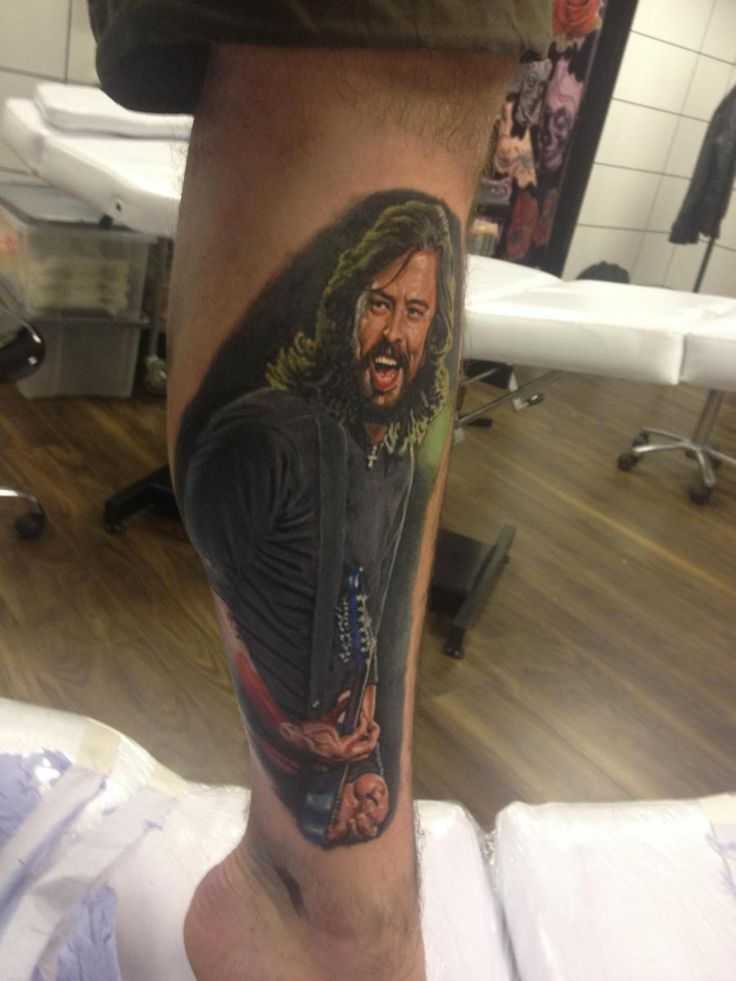 11 best dave grohl tattoos images on pinterest dave grohl tattoo foo fighters and tattoo ideas. Black Bedroom Furniture Sets. Home Design Ideas