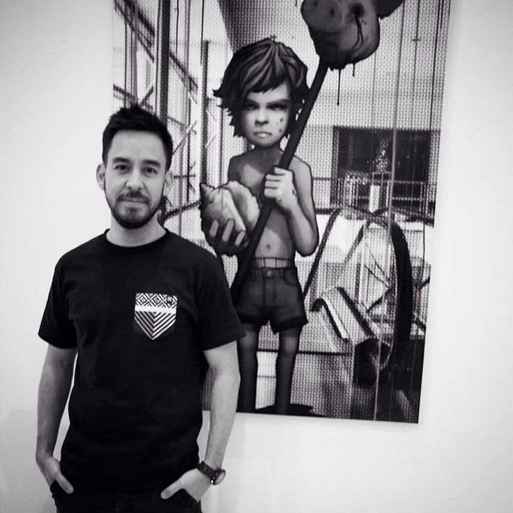 Mike Shinoda and his painting