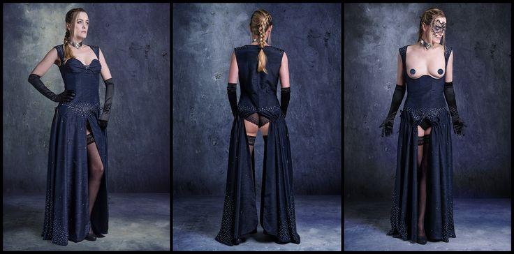 Kleid der O Nightsky mit 3182 von handgesetzten Swarovski