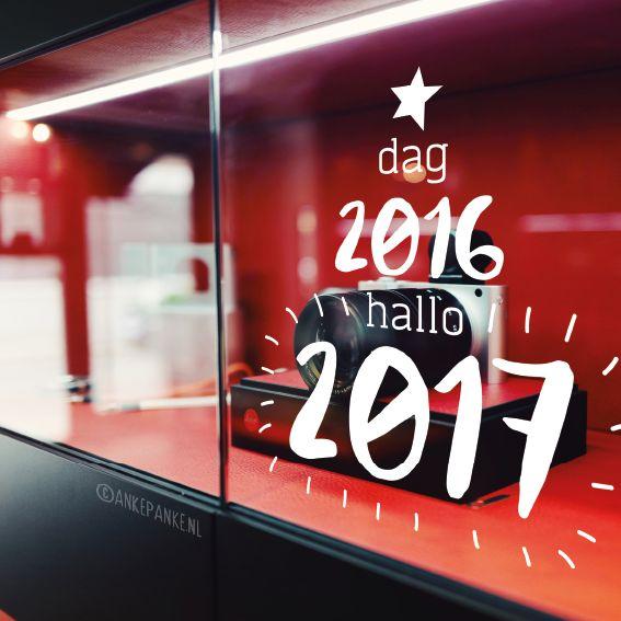 Weg met de oude, tijd voor iets nieuws. Het nieuwe jaar is aan de beurt, vol geluk en creativiteit. Vier het met deze leuke #raamtekening!
