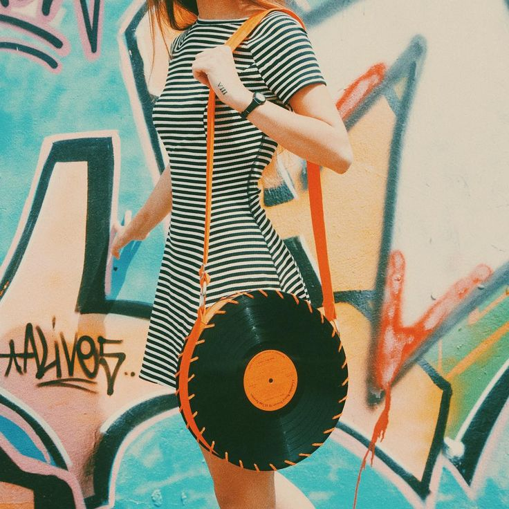 The retro orange Songbag vinyl record bag www.thesongbag.com