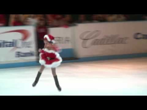 """▶ 5 year old Katarina skates to Mariah Carey's """" All I want for Christmas is You """" - YouTube"""