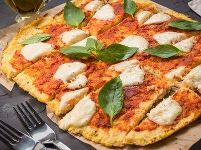 Zucchinipizza » Minuten, Pizza, Salz, Nach, Basilikum, Pfeffer » Low-Carb-Ern…
