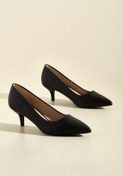 Sleek and Low Heel in Black