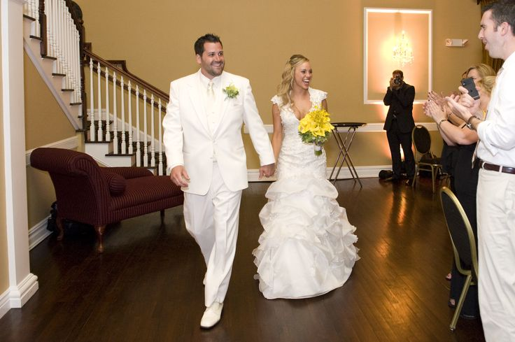 Bride Entrance Songs: Best 25+ Reception Entrance Songs Ideas Only On Pinterest