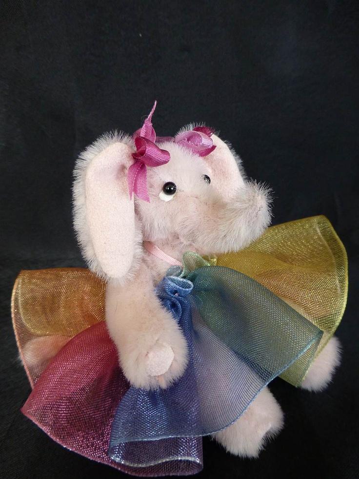 Elsa - a miniature elephant www.lesbears.com.au
