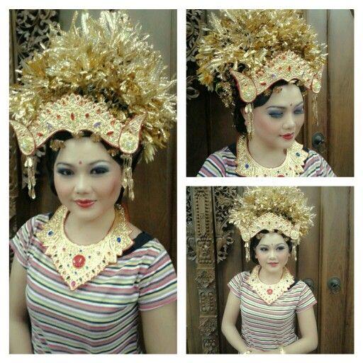 Praktek Pengantin Bali