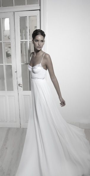 ... okay people I think I've found my dream dress!!! talk about gorgeous!