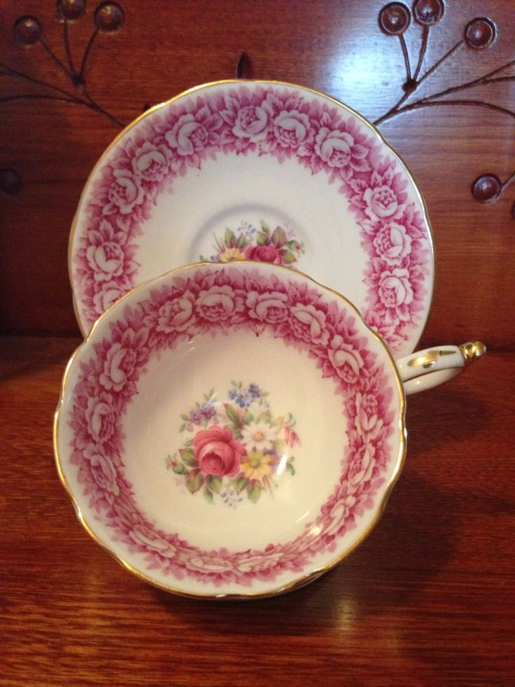 Paragon Fine Bone China. By Appointment to Her Majesty Queen Elizabeth.