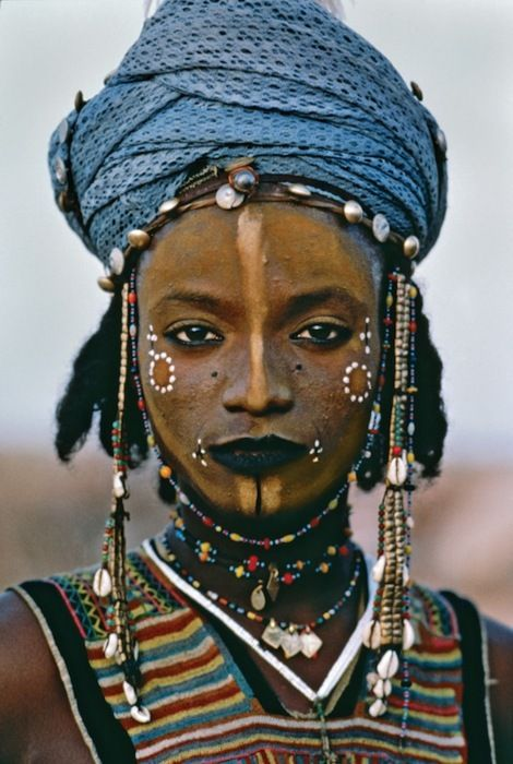 Wodaabe boy from Niger. Photographed by Steve McCurry