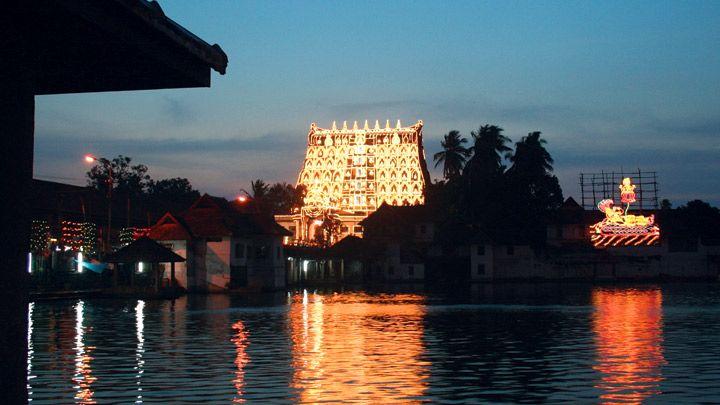 Sree Padmanabhaswamy Temple, Sree Padmanabha swamy Temple, Thiruvananthapuram | Kerala Tourism