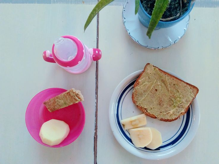 Easy Baby Led Weaning First Food Ideas