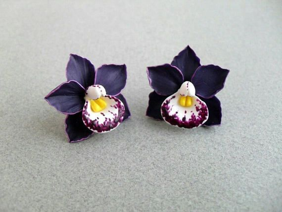 Beautiful Romantic And Delicate Orchids From Backed Polymer Clay They Come In Many Colo Polymer Clay Flower Jewelry Polymer Clay Flowers Polymer Clay Jewelry