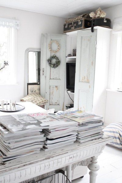 So, so peacefully gorgeous. #white #home #decor #shabby #chic #serenity