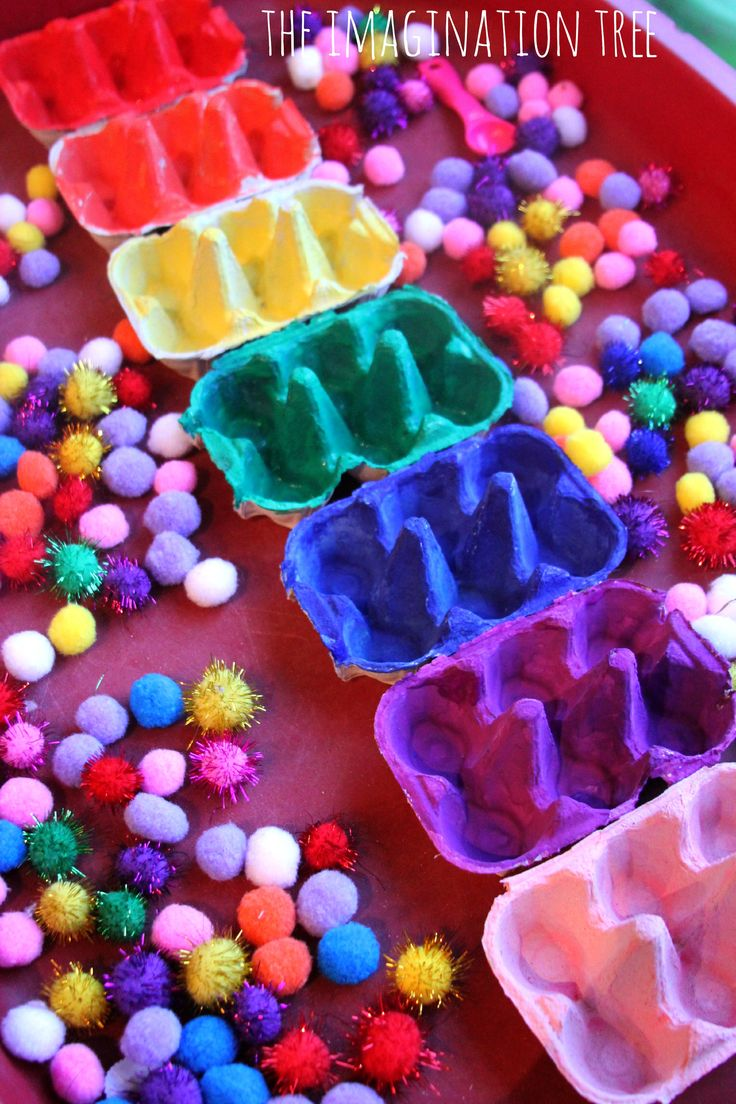 Egg Carton Color Sorting Trays - this can help children with ASD who have deficits in fine motor skill