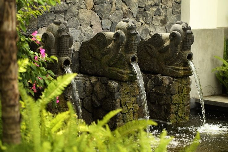 Adding a water feature to your outdoor space is a great way to change and/or update your space.#bali #balilandscapecompany #balilandscaper #bestinbali #garden #gardendesign #gardenideas #gardeninspiration #grass #instagarden #landscape #landscapearchitect #landscapearchitecture #landscapedesign #landscapedesigner #landscapeideas #landscaping #landscapingideas #taman #thebalibible #tropical #tropicalgarden #tropicalgardendesign #tropicallandscape #gardenartworks #artworks #statues…