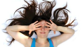 The Pill, Thyroid, and 4 Other Types of Hormonal Hair Loss